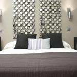 Dormitorio luminoso y cómodo / Comfortable and bright bedroom