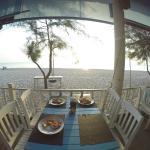 Ресторанчик на берегу - завтрак