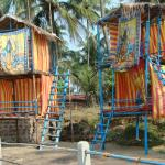 Structures on the beach, next to restaurant where to stay have a drink or even decide to spend n