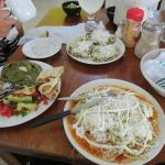 Platillo Otomi, Enchiladas Rojas y Sopes, Todo MUY RICO!!!