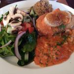 Vol-au-vent tomate, basilic et poulet