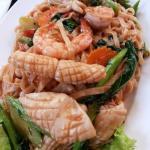 Seafood egg noodle