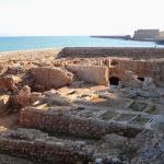 Vestígios da dominação veneziana à beira mar