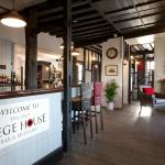 ภาพถ่ายของ The Old Siege House Bar and Brasserie