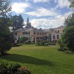 Spring in the Lilac Inn Gardens