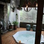 The new jacuzzi deck.