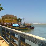 Encontro do mar com o rio Cricaré