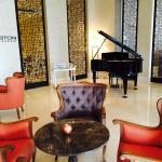 拉佐尼飯店