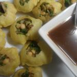 Panipuri or Fuchka- a traditional Bangladeshi street food!