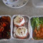 tomates rellenos con arroz, queso crema, jamón