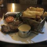 steak & chips with blue cheese sauce