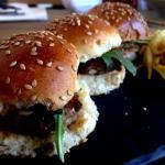 Mini burger de buey con mostaza a la antigua