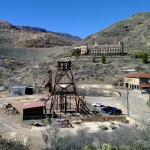 Audrey Headframe with former Little Daisy Inn for miners, now a private residence