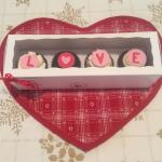 LOVE cupcakes all wrapped up with a gift tag. Affordable gift!!!!
