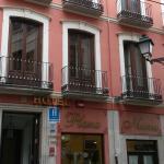 entrada al hotel Plaza Nueva