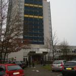Отель - 15-тиэтажное здание