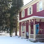 Front view of Zoar School Inn