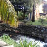 Ao lado do hostel passa um riacho. À noite o único ruído que se ouve é da água a correr e do ven