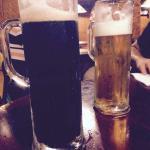 cerveza artesanal, negra y rubia
