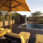 Aloe Lane Guest Lodge Pool Deck