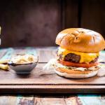 Delicious burgers & pub grub- £5 lunches Monday-Friday!