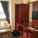 Room from doorway.