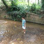 meu filho no riacho