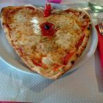 Φωτογραφία: Pizza Nella