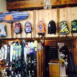 Ski shop dedans la residence// Ski shop inside of the residence// Parfait!!