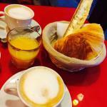Parisの朝食
