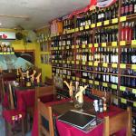 Gran varietà di vini italiani e stranieri