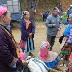 Marché chez les Hmongs fleuris