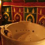 Baignoire balnéo chambre hôte insolite
