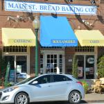 Front of Main Street Bistro