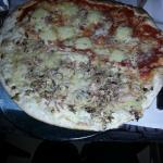 tropèzienne(mi-pizza, mi-tarte flambée)