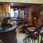 bar et salle rez
