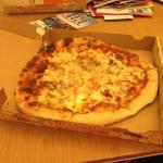 Hawaiian pizza outside of Hawaii!!