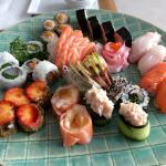 Mix de sushi e sashimi de 40 peças