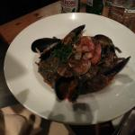 BLACK LINGUINE SEAFOOD