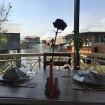 Delicious food, romantic setting