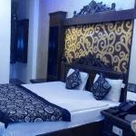 Deluxe Room 1
