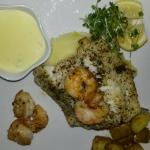 Cod and prawns on bed of mash from gluten free menu. Fabulous!