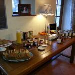 un petit déjeuner des plus gourmand chez Nathalie et Denis