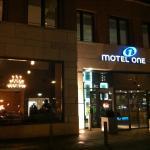 Motel One Wiesbaden Foto
