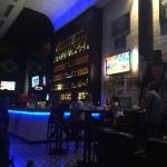 A decoração do bar é linda