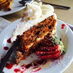 デザートのキャロットケーキ。