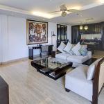 Camakila Suite Living Room