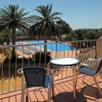 Habitación con terraza vista piscina