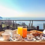 breakfast with sea-view...