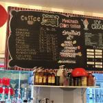 ภาพถ่ายของ Manzanita Cones and Coffee